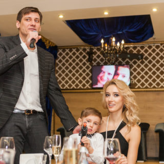 Дмитрий Гудков с семьёй на Юбилее
