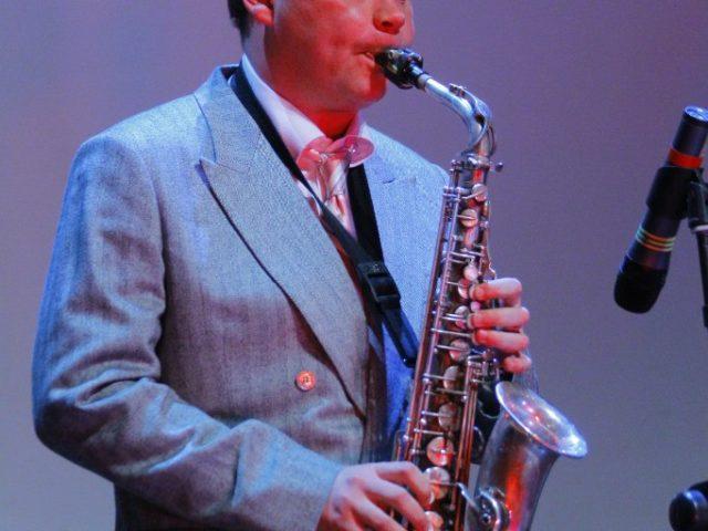 Саксофонист Алекс Новиков