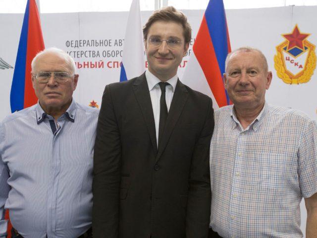 С Олимпийскими Чемпионами - Николаем Мельниковым и Вячеславом Собченко
