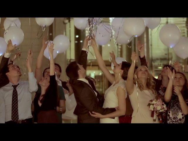 Swissotel Красные Холмы. Запуск шаров на свадьбе.
