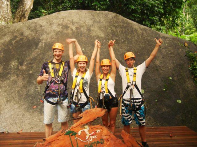 С Катей и молодожёнами в Тайланде