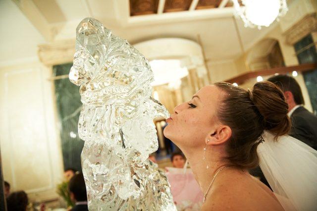 Статуя Бастинды изо льда