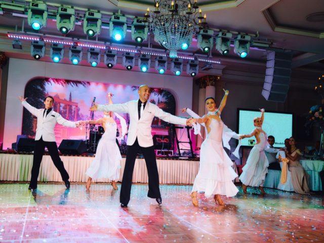 Номер от шоу-балета на свадьбе