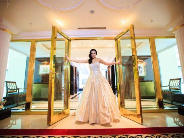 Красавица Анастасия в отеле Ритц