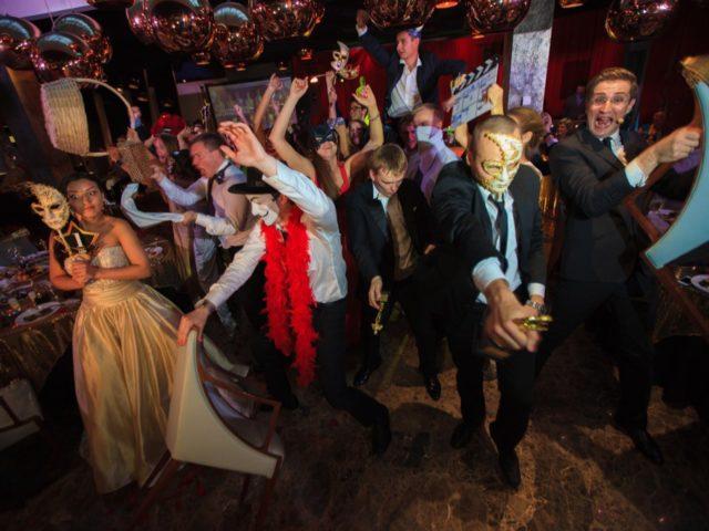 Harlem Shake на свадьбе в стиле Оскар
