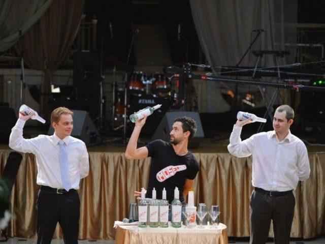 Лучший бармен мира проводит мастер-класс