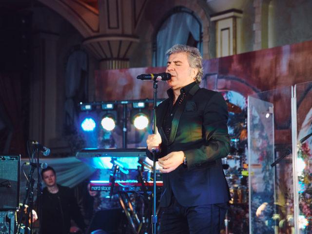 Сосо Павлиашвили на свадьбе