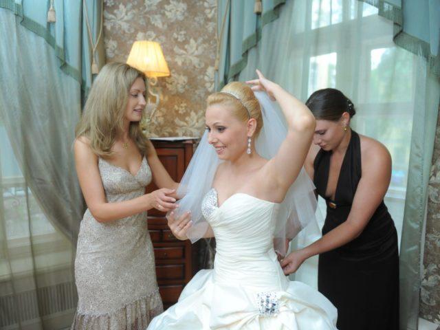 Екатерина Акимова собирает невесту