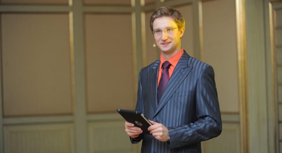 Роман Акимов на свадьбе в отеле The Ritz Carlton