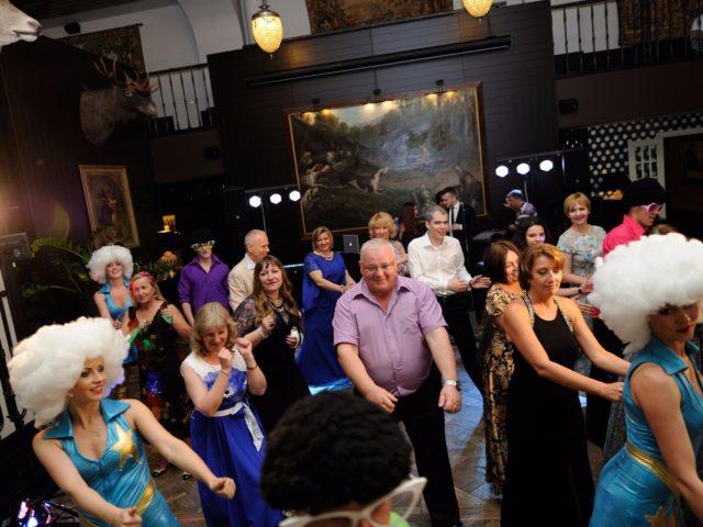 Танцевальный мастер класс на празднике