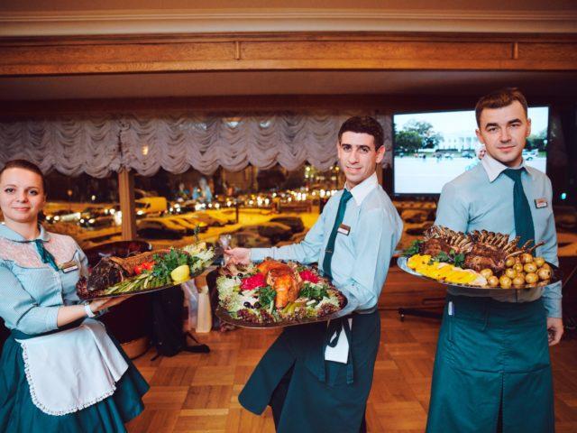Фирменные блюда ресторана от шеф повара