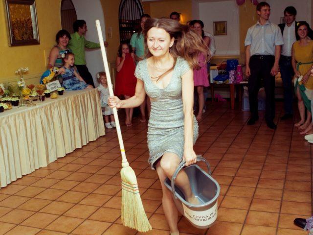 Конкурс Баба Яга на свадьбе