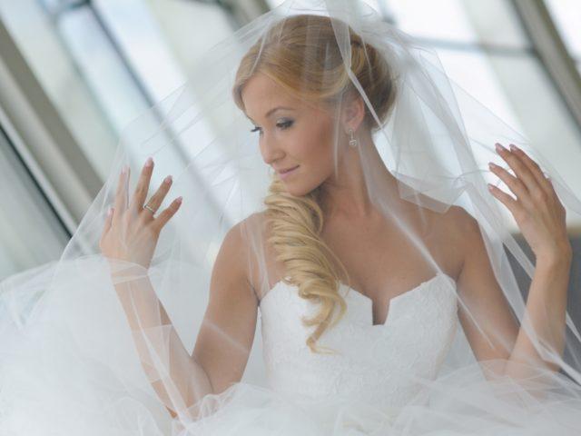 Красивая белая свадьба Виктории