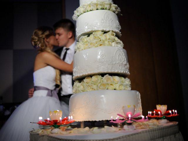 Торт на Белой свадьбе