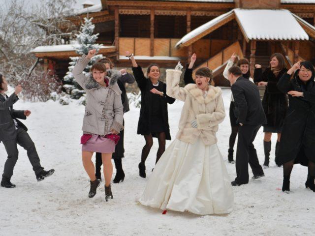 Невеста зажигает с подругами