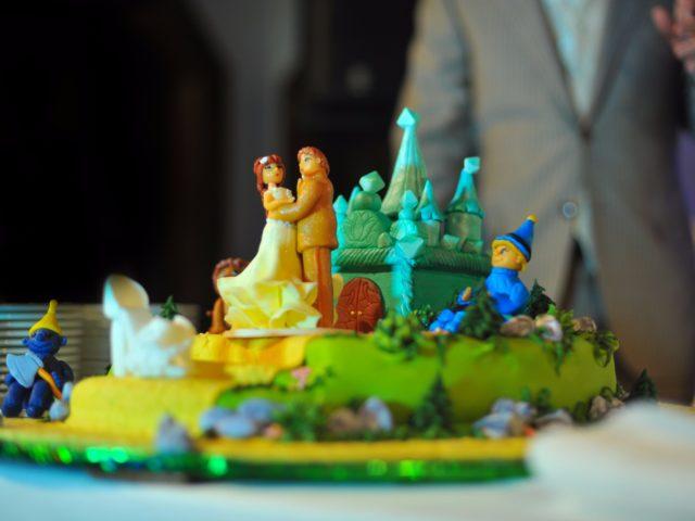 Свадебный торт В гостях у Сказки