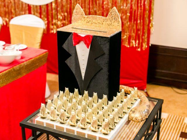 Статуэтки церемонии Золотой кот