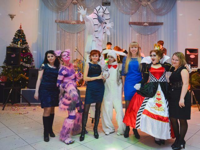 Фотосессия со сказочными персонажами на встрече гостей