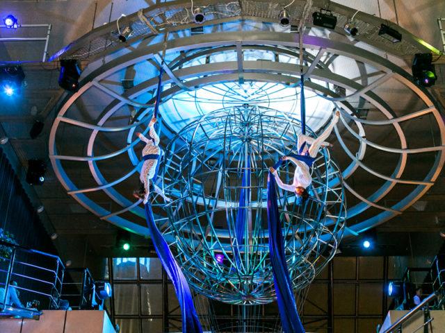Воздушные гимнасты в Сити Клаб Интернешнл
