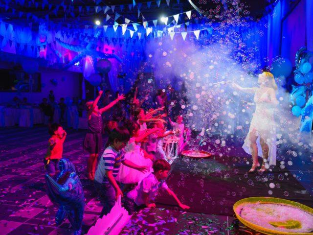 Шоу мыльных пузырей на корейский день рождения