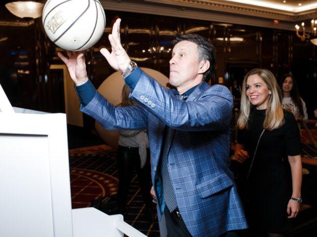 Гости могли играть в баскетбол