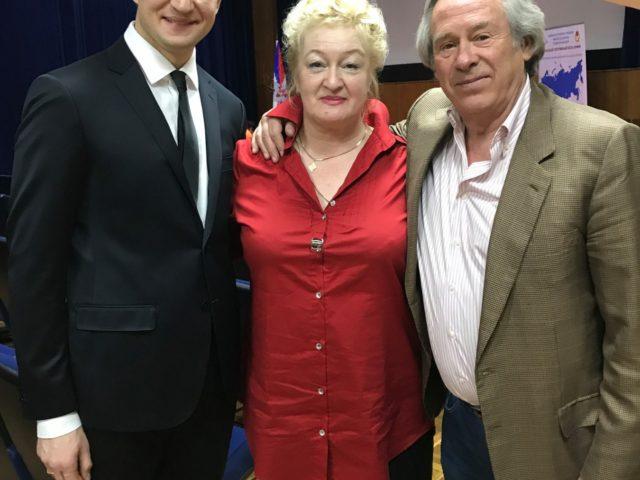 С мамой и Олимпийским Чемпионом Вадимом Жмудским