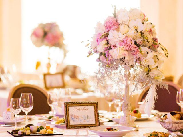 Оформление столов на свадьбе в Летнем Дворце