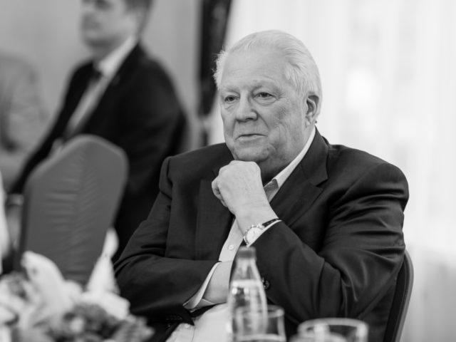 Виталий Георгиевич Смирнов Почётный Президент Олимпийского комитета РФ, член МОК
