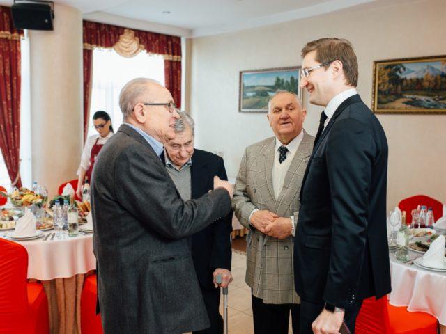 Общение с гостями на Юбилее 80 лет