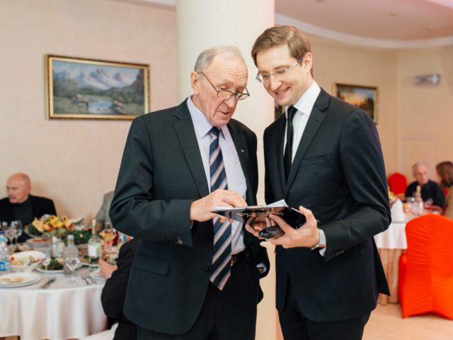Планёрка с Именинником на Юбилее 80 лет