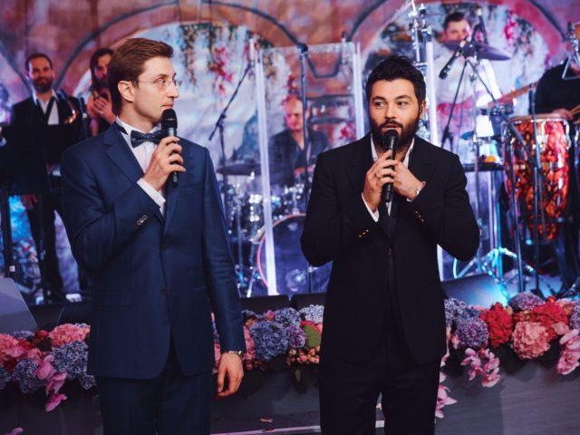 Роман Акимов и Алексей Чумаков ведут свадьбу в Немчиновке