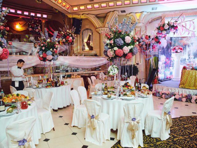Свадебный декор зала Немчиновка парк отель