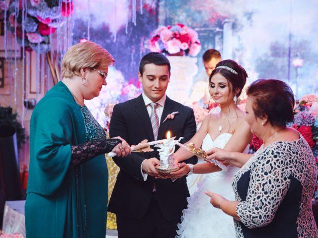 Свадебная традиция разжигание семейного очага