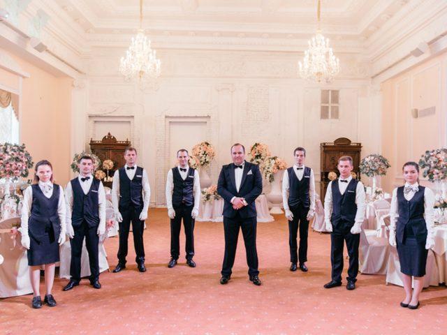 Команда Golden Hall готова к проведению свадебного торжества