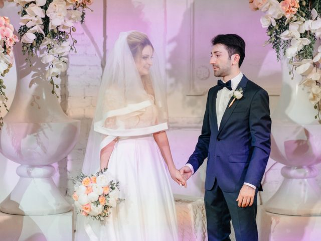 Церемония бракосочетания на свадьбе в Голден Холл