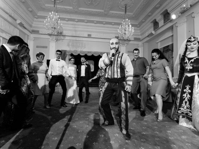Армянские национальные танцы на свадьбе