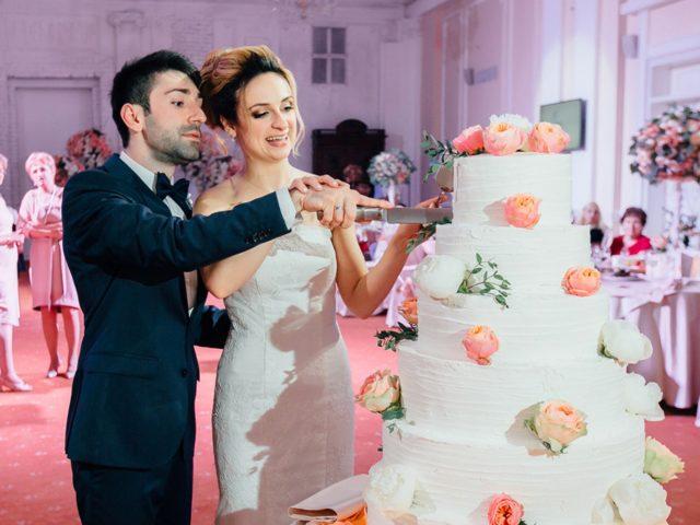 Торт на современной армянской свадьбе