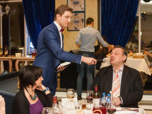 Геннадий Гудков принимает участие в конкурсной программе