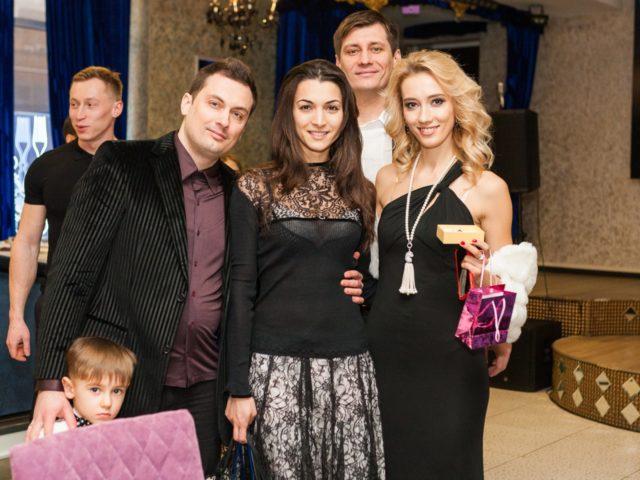 Две семьи Гудковым и обоим мы организовывали свадьбы