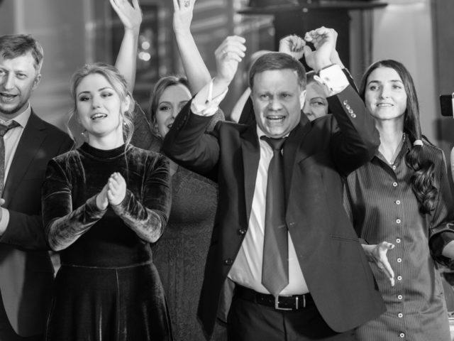 Эмоции гостей на новогоднем корпоративе