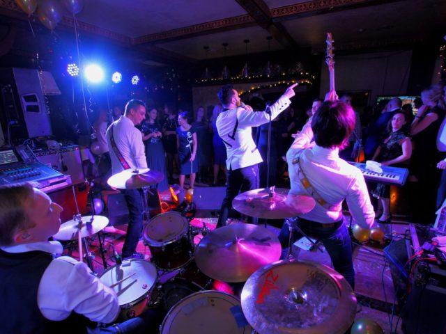 Выступление Дениса Клявера в Новый Год в ресторане Ноев Ковчег
