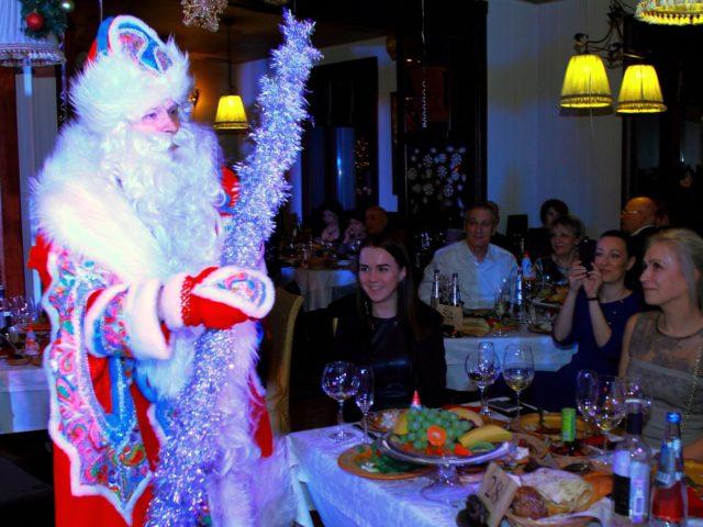 Какой Великий Гэтсби без Деда Мороза!