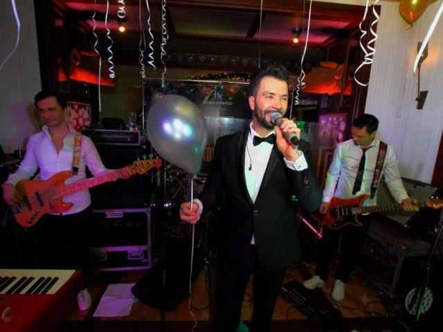 Выступление Дениса Клявера на Новогоднем празднике