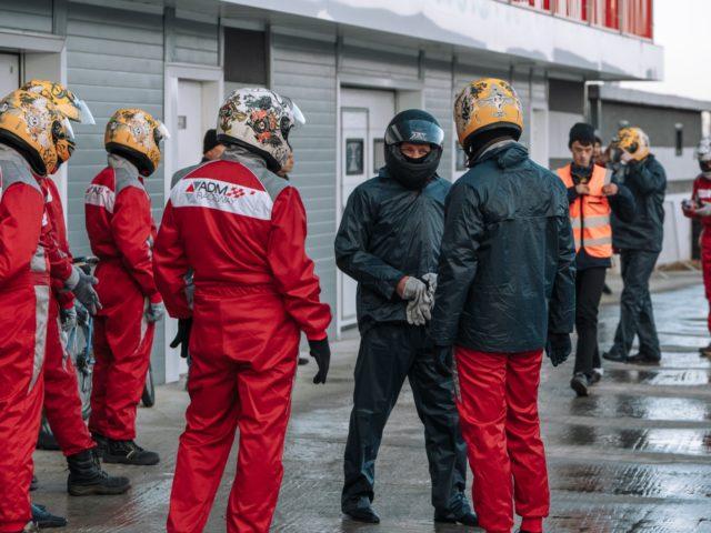 Гости презентации стали пилотами болидов на ADM Raceway