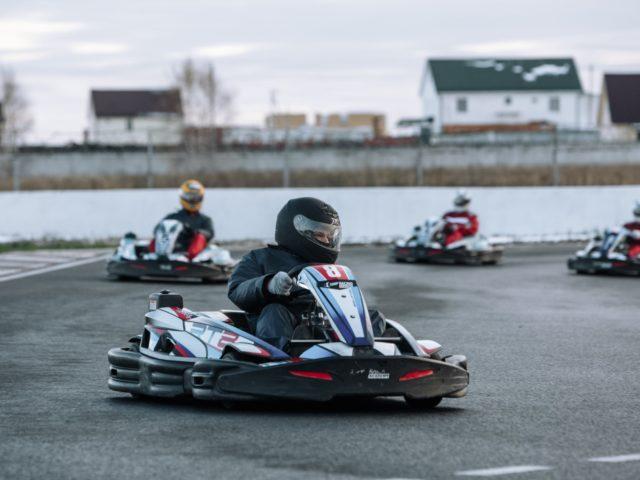 Корпоративные гонки на трассе ADM Raceway