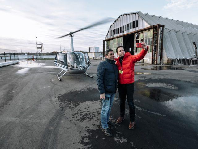 Селфи с вертолётом на память бесценно