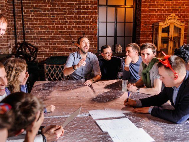 Квиз командообразующая игра, которая объединяет коллектив