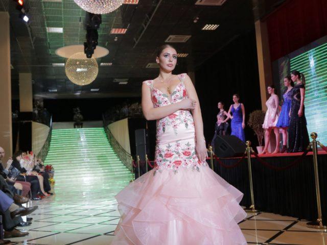 Юбилей журнала Эстет показ коллекции платьев от Регины Шрекер