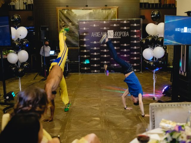 Гости на празднике танцевали не хуже бразильцев
