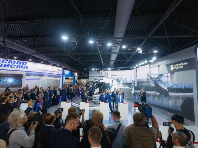 Подписание договоров и соглашений Вертолёты России на авиасалоне МАКС
